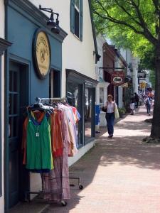 The Town of Middleburg Photo By La Citta Vita
